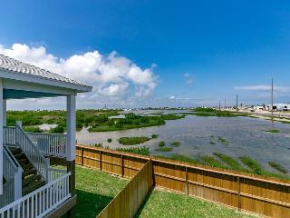 New Stilt Home with Deck Views of Port A Wetlands – 5 Minutes to the Beach! - Port Aransas vacation rentals