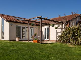 Luxury 2 Bed Cottage (2BEDCB49) - Sidmouth vacation rentals