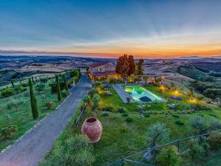 6 bedroom Villa with Internet Access in Montaione - Montaione vacation rentals