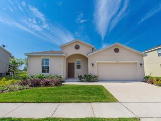 5 BedBrand new -Economical home -TVS in Every room - Kissimmee vacation rentals