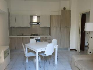 Bright Lecco Apartment rental with Television - Lecco vacation rentals