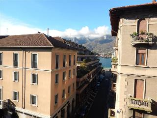 Nice Apartment with Balcony and Water Views - Lecco vacation rentals