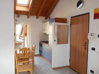 Gorgeous Condo in Lecco with Television, sleeps 2 - Lecco vacation rentals