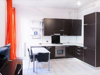 Romantic 1 bedroom Lecco Condo with Television - Lecco vacation rentals