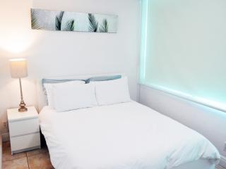 MIAMI BEACH ✦✦ Bay View Unit (4) - Miami Beach vacation rentals