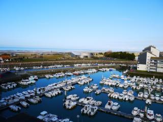 Grand studio avec balcon vue mer - Courseulles-sur-Mer vacation rentals