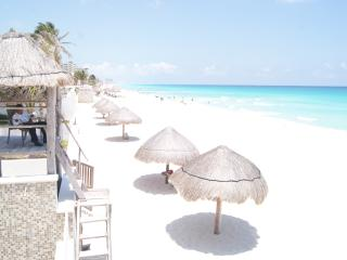 Ocean View Penthouse- Daily Maid Service - Cancun vacation rentals