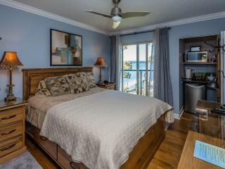 Romantic Oceanfront Hotel Suite - Ladysmith vacation rentals