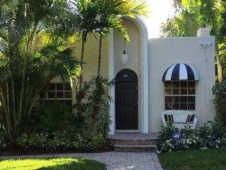 Private Tropical Oasis in Histortic Flamingo Park - West Palm Beach vacation rentals