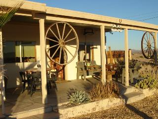 Godwin Ranch - Joshua Desert Retreats - Joshua Tree National Park vacation rentals