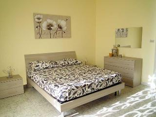 Nice House with Housekeeping Included and Television - Belpasso vacation rentals