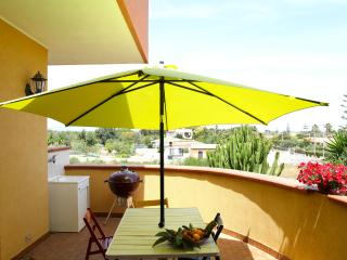 Beautiful Villa on two floors 2 - Fontane Bianche vacation rentals
