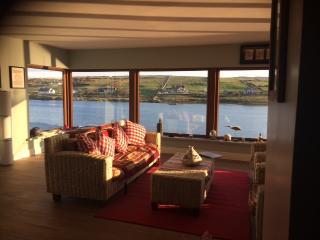 Sky Rd Wild Atlantic Way Clifden Wi Fi & Smart TV! - Clifden vacation rentals
