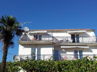 Nice Condo with Housekeeping Included and Television - Pakostane vacation rentals