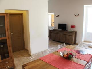 La Casa corsa - T4 avec terrasse 30m2 - Corte vacation rentals