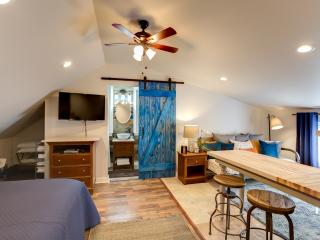 Barndoor Chic Fully Funished Studio- Mandeville - Louisiana vacation rentals