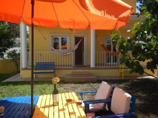 Nice 3 bedroom Seixal House with Internet Access - Seixal vacation rentals