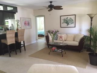 2 bedroom House with Internet Access in Deerfield Beach - Deerfield Beach vacation rentals