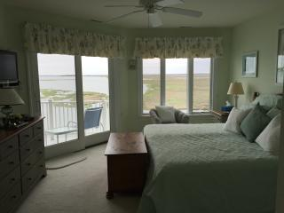 Breathtaking Bayfront Condo with Panoramic Views - Stone Harbor vacation rentals