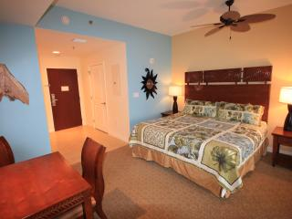 Great Studio Rates. 2 to choose from. Luau Sandestin Resort - Destin vacation rentals