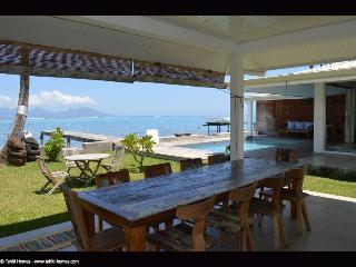 Villa Eat, Stay and Love, Piti - Tahiti - Punaauia vacation rentals