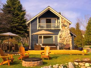 Book now for Fall color tour or winter ski weekend - Charlevoix vacation rentals