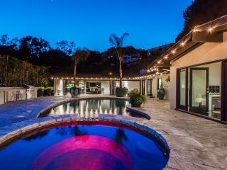 3 bedroom Villa with Internet Access in Toluca Lake - Toluca Lake vacation rentals