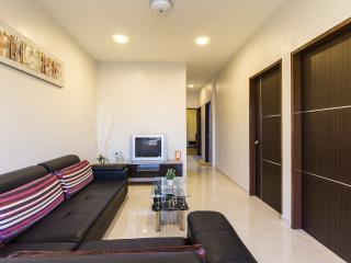Sunny House with Internet Access and A/C - Sandakan vacation rentals