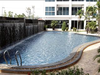 Nam Talay Sea View Studio - Jomtien Beach vacation rentals