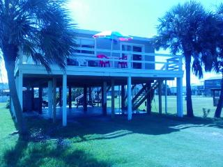 Captain Rogers Place...walk to the beach - Galveston vacation rentals