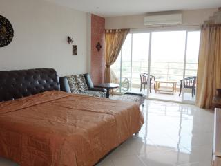 View Talay 5D-466 Studio Seaview - Jomtien Beach vacation rentals