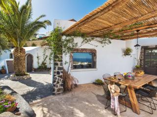 Old Vourvoulos Houses - Two House complex for 10! - Vourvoulos vacation rentals