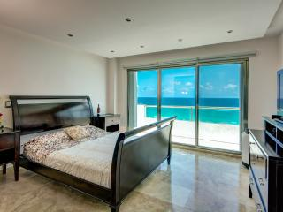 Cancun Paradise Penthouse -V7 - Cancun vacation rentals