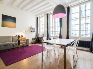 Beautiful apartment -Ile Saint Louis-A/C-Free wifi - Paris vacation rentals