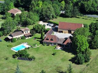 Frances Field at Domaine de Leygue. - Bourniquel vacation rentals