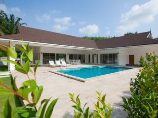 4 bedroom Villa with Internet Access in Ao Nang - Ao Nang vacation rentals