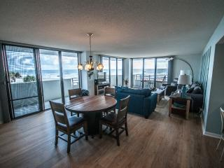 Spectacular Horizons 2 nd Floor Oceanfront 3/2 - Daytona Beach vacation rentals