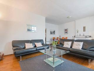 LUXE TOREN APPARTEMENT  SITTARD ( MAASTRICHT 25km) - Sittard vacation rentals