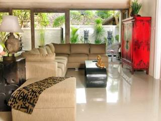 VILLA SATU BAMBOO MOON VILLAS NO 1 - Sanur vacation rentals