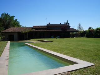 Lovely family home in Siurana d'Empordà - Girona vacation rentals