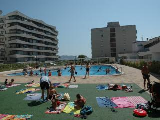 Bright 2 bedroom L'Estartit Apartment with Washing Machine - L'Estartit vacation rentals