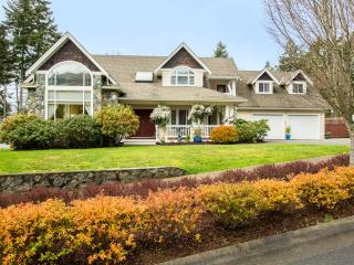 Penny's Place ....Upscale, Safe & Clean - Langford vacation rentals