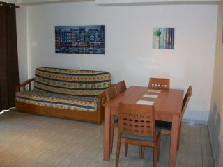 Nice 3 bedroom Apartment in Grau de Gandia - Grau de Gandia vacation rentals