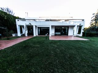 Bright Villa with Internet Access and A/C - Kifissia vacation rentals