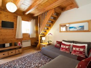 Apartment Glaçon - Sainte Foy - Sleeps 5 - Savoie vacation rentals