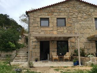Romantic 1 bedroom House in Oliveira do Hospital - Oliveira do Hospital vacation rentals