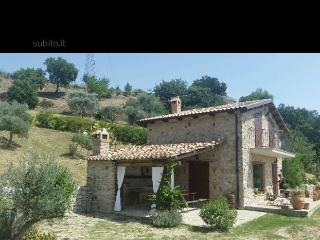 Cozy 2 bedroom Farmhouse Barn in Roccella Ionica - Roccella Ionica vacation rentals