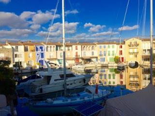 Four bed house in Port Grimaud with large berth. - Port Grimaud vacation rentals