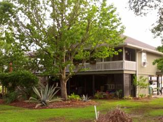 Comfortable House with Internet Access and A/C - Pass Christian vacation rentals