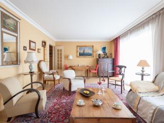 onefinestay - Rue du Ranelagh apartment - Paris vacation rentals
